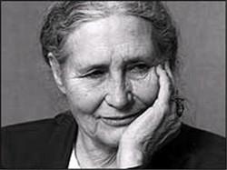 Doris Lessing, (Kermanshah, 22 ottobre 1919 - Londra, 17 Novembre 2013) Premio Nobel per la Letteratura 2007